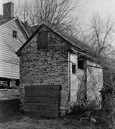 Mell gibshed outhouse shed plans free for Outhouse building plans