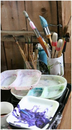 Free DIY Intermediate Watercolor Lessons - Teach yourself new watercolor techniques, at home and at your own pace. Follow free online demonstrations and learn from professional watercolor artists.