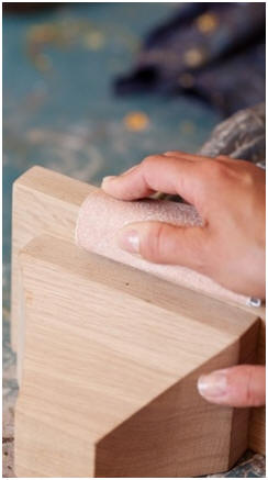 Learn How to Finish Woodwork Like a Pro - Click to find dozens of free how-to guides and eBooks by top woodworkers.